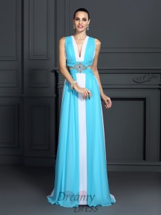 A-Line/Princess Halter Sweep/Brush Train Chiffon Dress