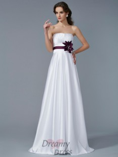 A-Line/Princess Strapless Hand-Made Flower Satin Sweep/Brush Train Dress