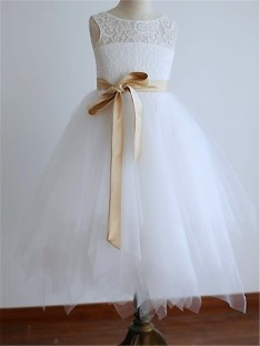 A-line Scoop Floor-Length Tulle Flower Girl Dress