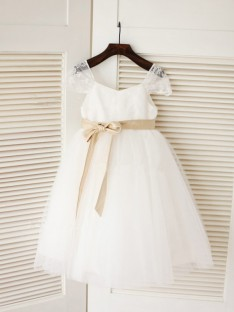 Ball Gown Scoop Floor-length Tulle Flower Girl Dresses with Sash/Ribbon/Belt