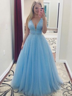 A-Line V-neck Floor-Length Pearls Tulle Dress