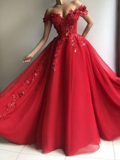 A-Line/Princess Off-the-Shoulder Floor-Length Tulle Dress