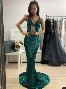 Mermaid V-neck Sweep/Brush Train Sequins Dress