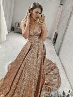 A-Line/Princess Spaghetti Straps Court Train Sequins Dress