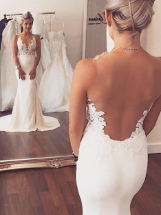 Trumpet/Mermaid Satin Scoop Court Train Wedding Dress