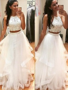 A-Line/Princess Sleeveless Halter Floor-Length Tulle Dresses