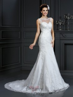Sheath/Column Bateau Court Train Satin Wedding Dress