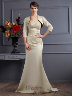 Trumpet/Mermaid Strapless Satin Mother of the Bride Dress
